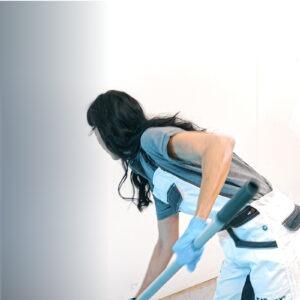 Realle Baustelle - WEARMAX Schulung - Zwei Leute applizieren WEARMAX Coating